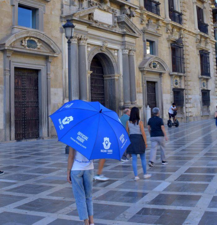 Punto de encuentro en Plaza Nueva para Tour Granada